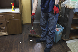 作業後はしっかりと清掃を行います